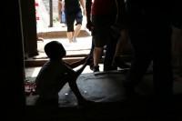 貧民街の子供